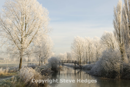 Chelmer Frosty Morning Photography from Steve Hedges