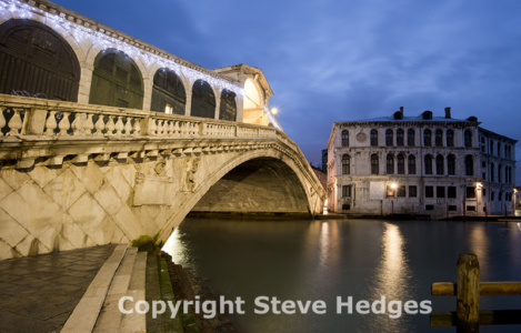 Rialro Bridge in Venice by Stece Hedges