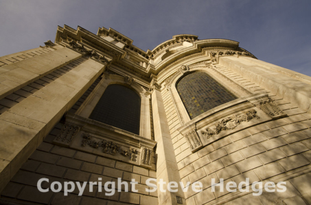 St Paul's Cathedral in London by Steve Hedges